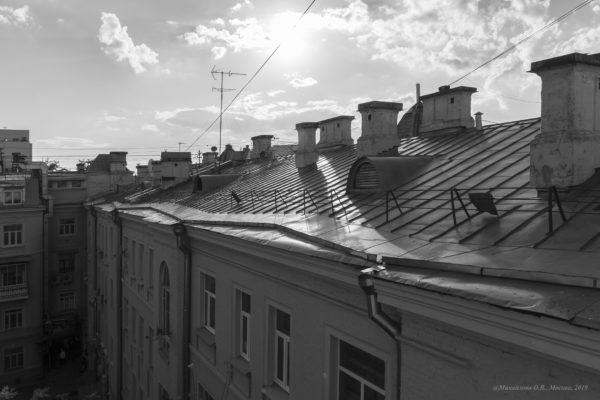 Крыши, графика и «До встречи, Лоранс!»